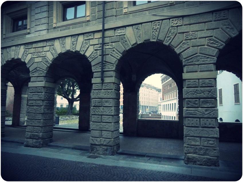 Arch-covered sidewalks